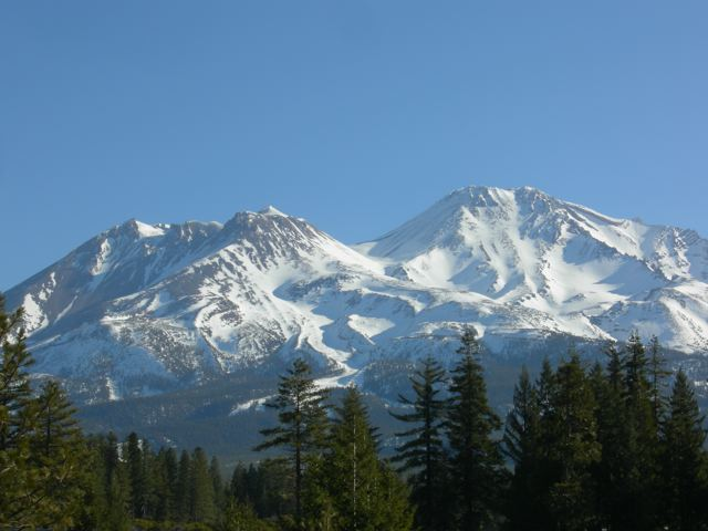 Mount_Shasta_cropped.jpg